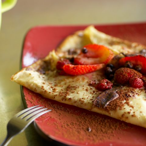 Crepe with fresh fruit